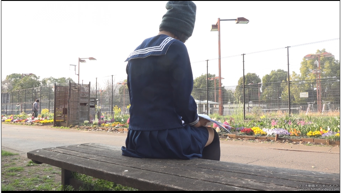 目隠しされた女性のエロ動画
