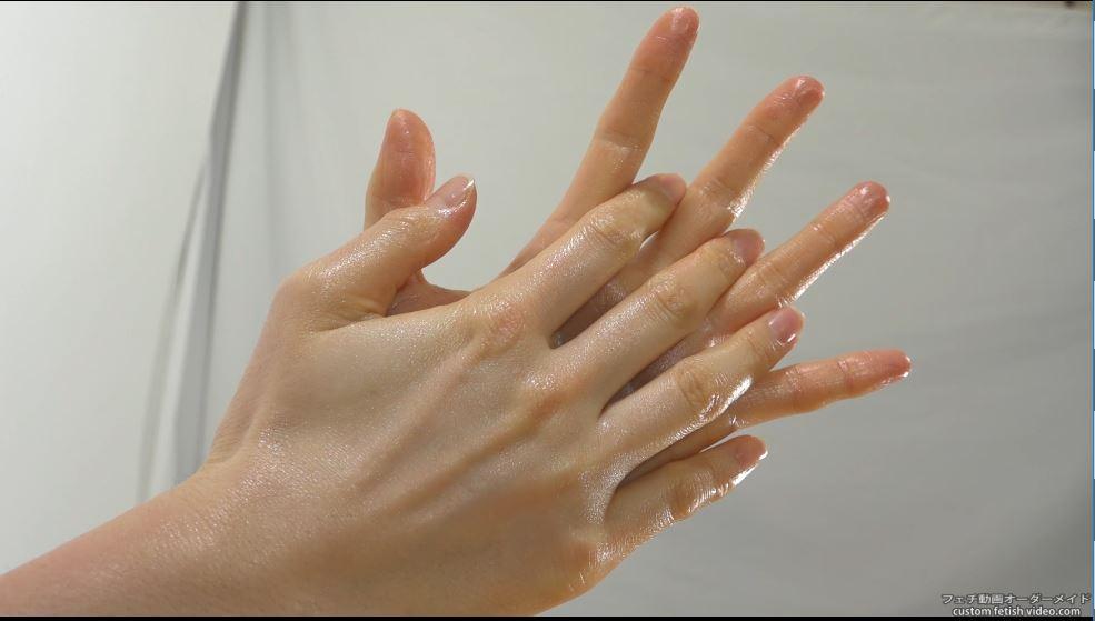 女の人の掌